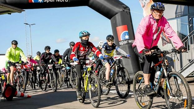Deltagerne blev sendt afsted holdvis alt efter længden på ruterne Foto: Åse Bakland Åse Bakland