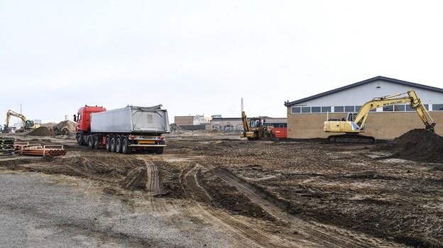 Super Dæk Service rykker ind i den renoverede bygning ud mod Grønlandsvej. Foto: Bent Bach Bent Bach