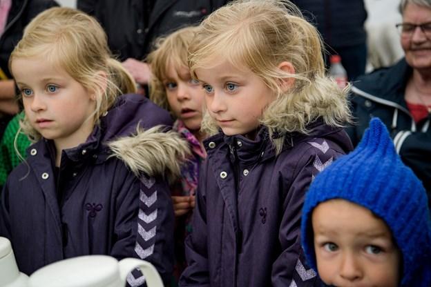 50 børn var efter konkurrencen med til at pynte cupcakes med Rosa. Foto: Bo Lehm Foto: Bo Lehm