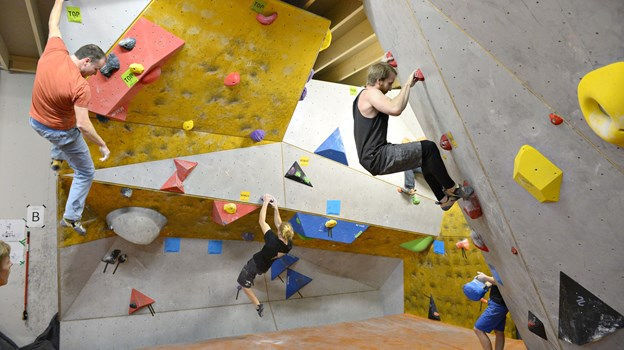 Aalborg Klatreklub er en af de foreninger, der får penge - 200.000 til nye klatrevægge. Arkivfoto: Bente Poder