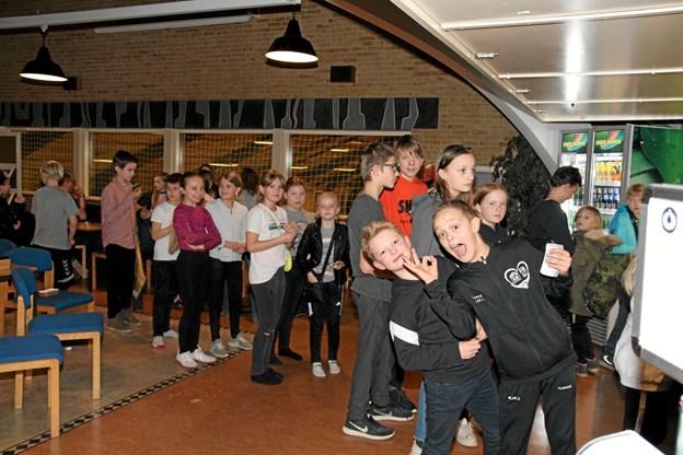 Der var travlhed i cafeen selvom der var to kasser åbent. Foto: Flemming Dahl Jensen Flemming Dahl Jensen