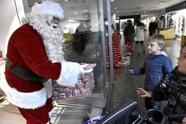 Julemanden glæder sig til jul. Mon ikke.... Foto: Ole Iversen Ole Iversen