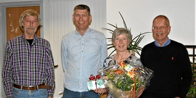 Det blev repræsentanter fra Valsted, der på generalforsamlingen kunne modtage hæderen som årets landsby i Aalborg Kommune. Privatfoto