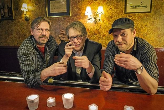 Fredag 29. marts spiller Pligten Kalder: Johan Olsen, Torben Steno, Peter Jessen. Privatfoto. Foto: Ole Iversen Ole Iversen