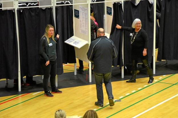 Idrætshallen i Frederikshavn var i mangfoldige år en af de allerstørste valgsteder i Danmark
