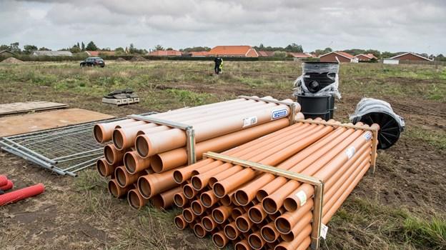 Jammerbugt Kommune er ved at byggemodne nye grunde på Jacobsvej i Pandrup. Byggegrundene ventes at komme til salg i uge 43 - og kan overtages fra januar 2019. Foto: Henrik Louis