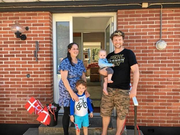 Hollandske Kyra og Thomas Meijer og deres 2 børn flyttede ind i prøvehuset 1. juli 2018.?Privatfoto