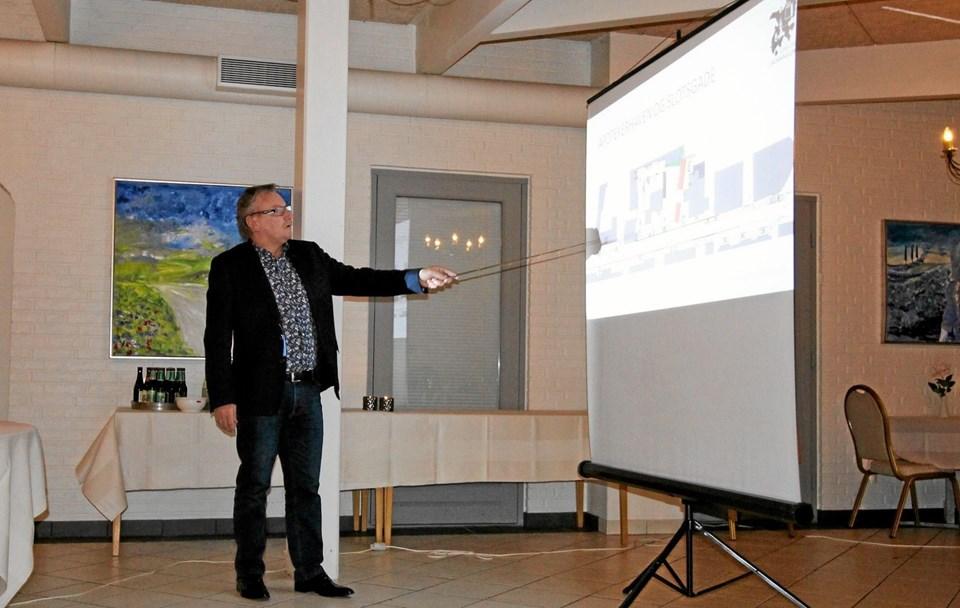 Eventkoordinator Arne B. Schade fremlagde på mødet en omfattende aktivitetsoversigt for hele 2019. Foto: Jørgen Ingvardsen Jørgen Ingvardsen