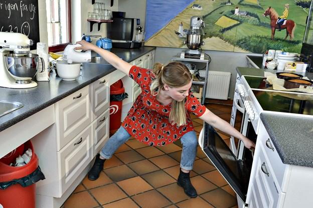 Man kan møde Liv Martine Hansen mellem klokken 15 og 17 onsdag 14. november - hun uddeler smagsprøver af sundere bagværk i Metropol. Arkivfoto: Bent Bach