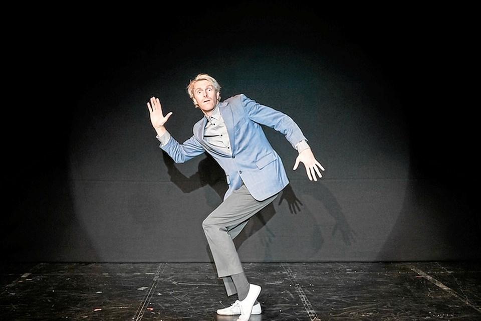 """Torsdag 8.november kan Wakenshaw opleves med sit anmelderroste silent-comedy show """"Nautilus"""". Foto: Fraser Cameron"""