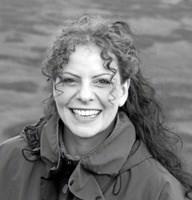 """Forfatter Sara Bouchet fortæller mandag om sin prisvindende roman """"Hjem"""" og dens temaer ved det nye års første Folkevirke-møde på Hotel Farsø. Privatfoto"""