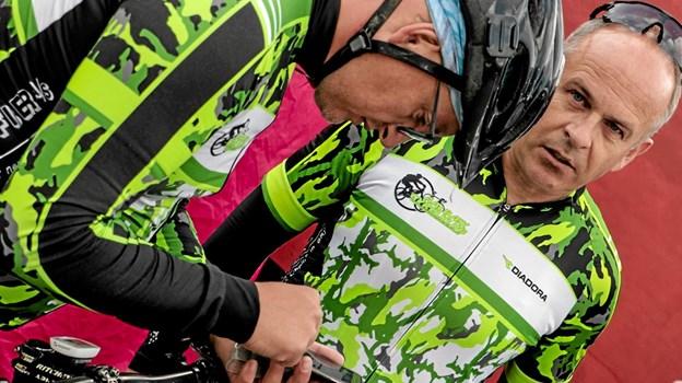 Cyklerne klargøres inden start. Foto: Peter Jørgensen Peter Jørgensen