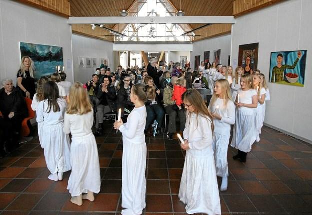 Også i år vil Brønderslev Kulturskole lave julekoncert med luciaoptog på Kunstcentret. Det sker på lørdag kl. 14.Foto: Jørgen Ingvardsen