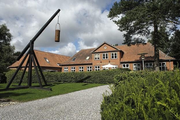 I Frederikshavn etableres grunduddannelsen i første omgang på to matrikler: Produktionsskolen i Elling (foto) og VUC på Kærvej, men på sigt er det tanken at samle eleverne ét sted. Arkivfoto: Peter Broen