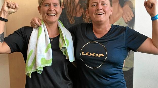 Anita Pedersen og Lisa Farum Kristiansen godt røde i kammen og med vildt hår  efter en gang hård træning med Beefit. Privatfoto.