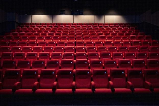 De 315 gamle stole i sale 1 og 3 afløses af 240 nye. Foto:  Laura Guldhammer
