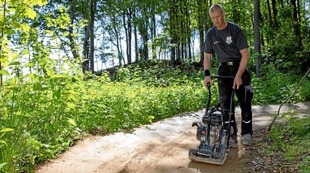 Anders Nørgård arbejder på sporet. MICHAEL MADSEN  OCTOMEDIA