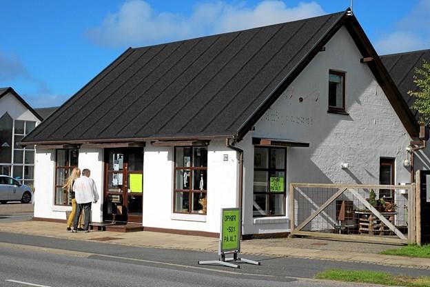Boutique Oasen i Hune måtte lukke efter sommeren, men lokalerne er allerede lejet ud igen. Foto: Flemming Dahl Jensen