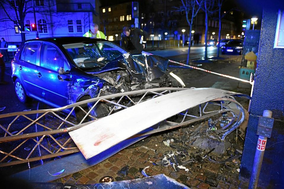 Færdselsuheld i krydset Kastetvej/Badehusvej. Foto: Jan H. Pedersen