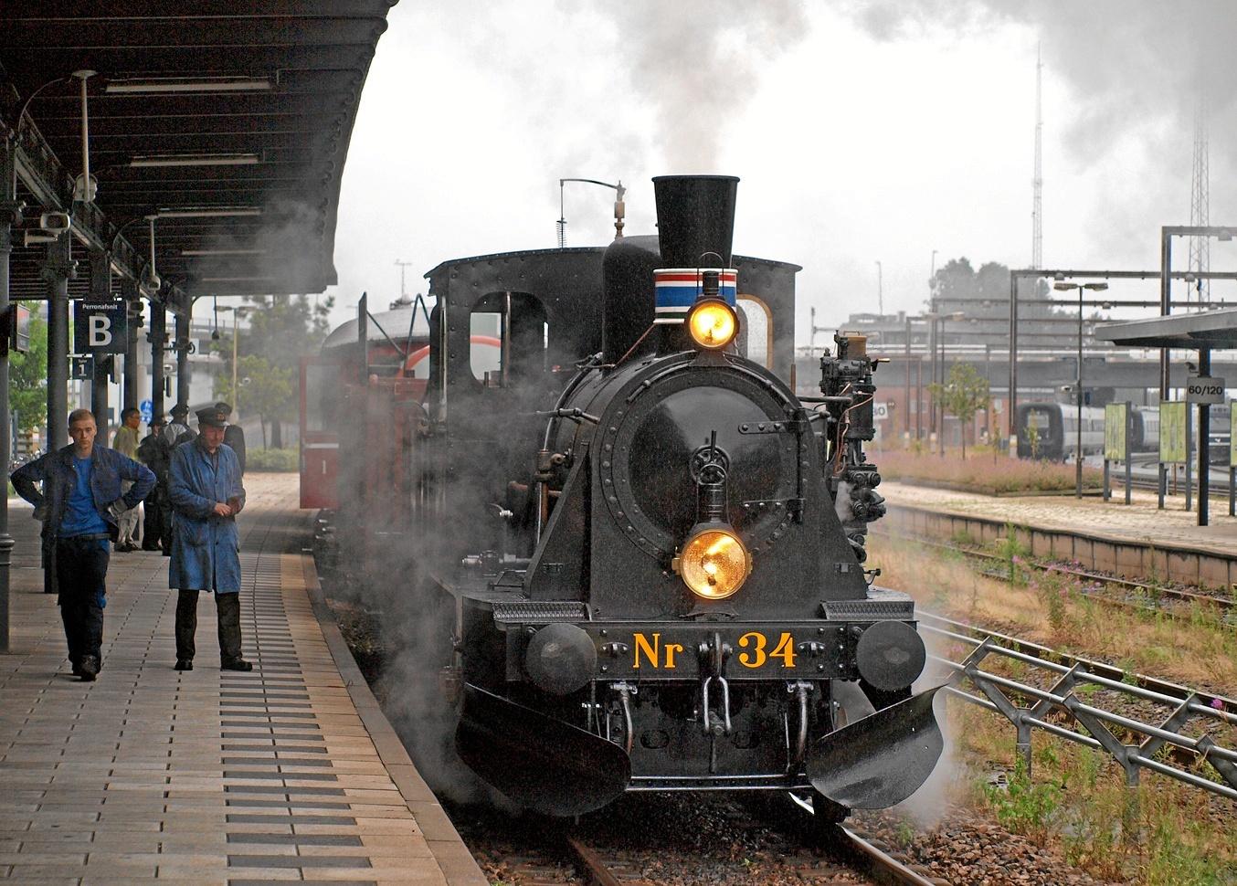 Det mega populære veterandamptog er her i julen 2018 atter klar til at køre med juleglade gæster fra Aalborg Station og ud til Aalborg øst. Arkivfoto: Limfjordsbanen