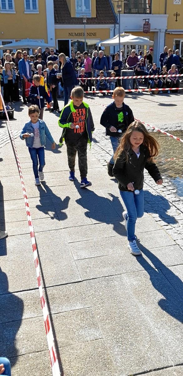 Æggeløbet påskelørdag er altid en stor publikumssucces. Foto: Ole Svendsen