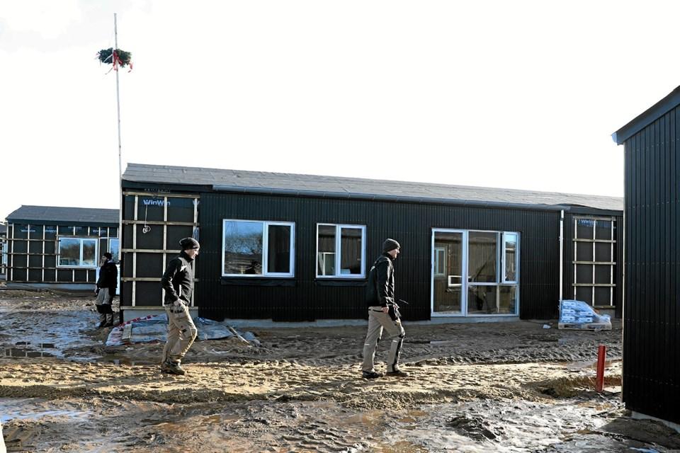 Tirsdag var der rejsegilde på 21 almene boliger på Nåleøjet i Vester Hassing. Foto: Allan Mortensen Allan Mortensen