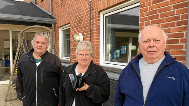 Fra venstre ses Per Christian Knudsen, Ebba Nielsen og Ronald Nielsen som har været blandt de første, der har deltaget i den mobile rehabilitering i Kongerslev. Privatfoto