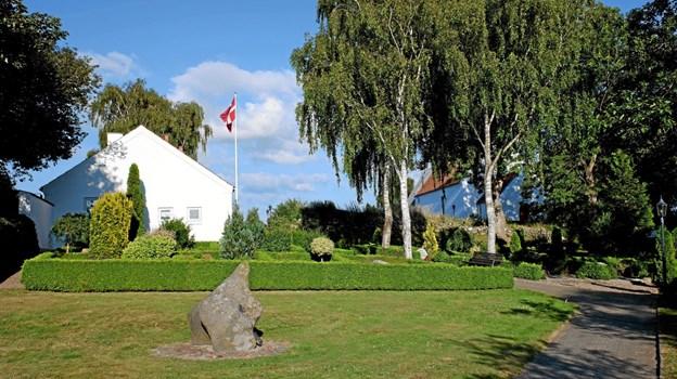Også denne sommer er der aftensang på skift i De fem Kirker. I onsdags var det i Lunden ved Lendum Kirke. Foto: Niels Helver