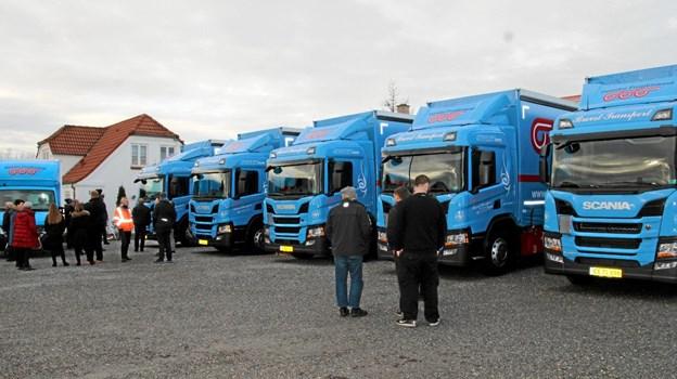 Nye lastbiler samt en ny kurerbil er leveret til Brovst Transport. Foto: Flemming Dahl Jensen Flemming Dahl Jensen