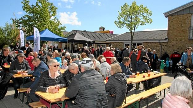 Der var stor opbakning til det store årlige Torvemarked på Gjøl. Flemming Dahl Jensen