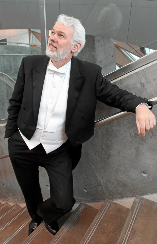 Jens Bové synger på Støvring Bibliotek 31. januar. PR-foto