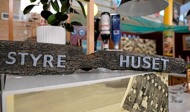 """Hvad skulle baren hedde? Der blev udskrevet en konkurrence, som Sigmund vandt med sit forslag """"Styre Huset"""". Foto: Niels Helver Niels Helver"""