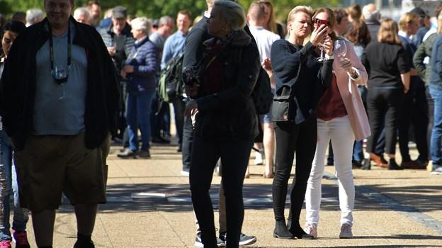 Der var mange folk i gaderne. Foto: Claus Søndberg Claus Søndberg
