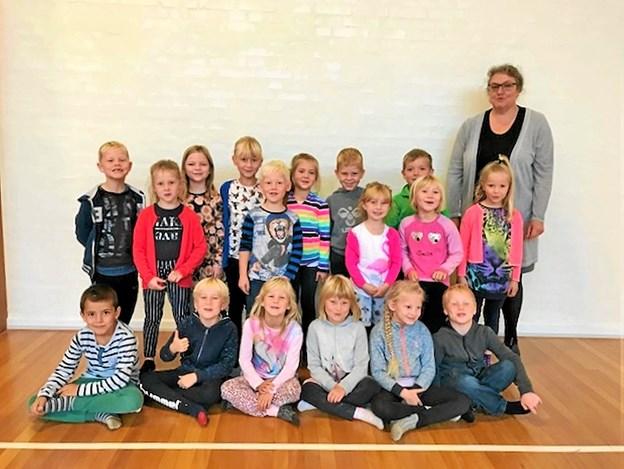 1. klasse på Tolstrup-Stenum Friskole med lærer Christel Larsen. Privatfoto