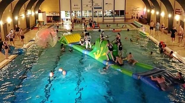 Årets Pool-Party med ungdomsskolerne i Mariagerfjord og Arden havde deltagelse af 130 unge. Foto: Lars Otte Koefoed. $ID/NormalParagraphStyle: