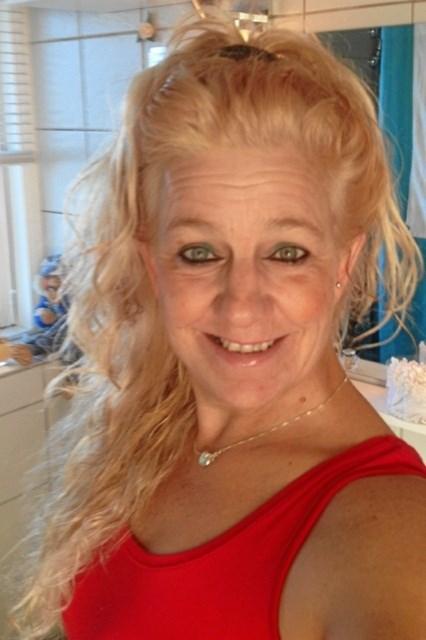 Inden kemokuren satte sine spor,  havde Sonja langt hår.