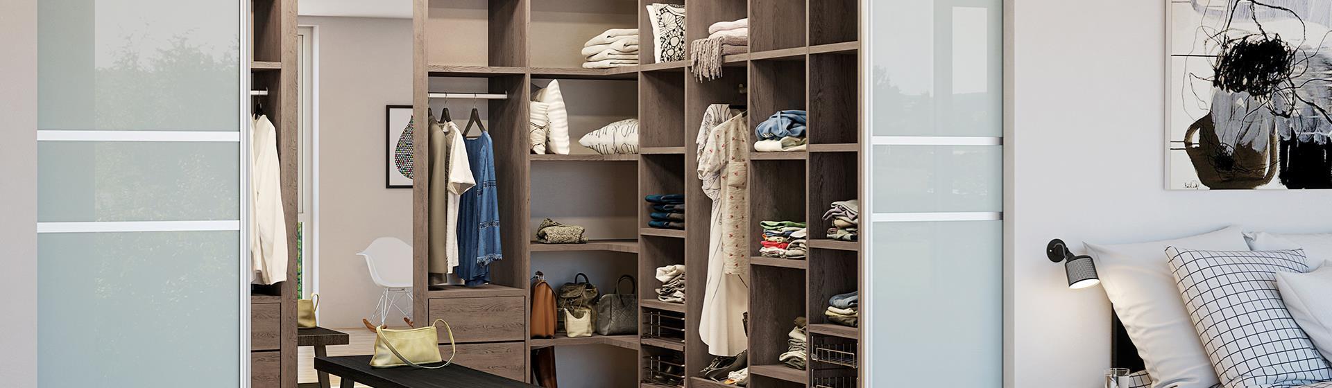 Sådan bør du indrette din garderobe