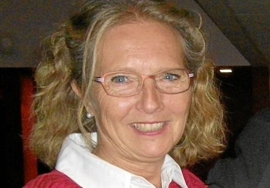 Lilly Pedersen har som formand for Frederikshavn teaterforening i forvejen et tæt samarbejde med Folketeatret. som senest gæstede Frederikshavn med opsætningen Peer Gynt.