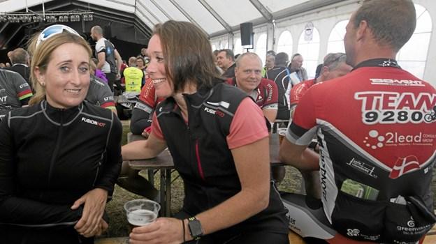 Lise Kusk (t.v.) og Annette Christiansen fra Hals deltog for første gang i løbet. Foto: Allan Mortensen Allan Mortensen