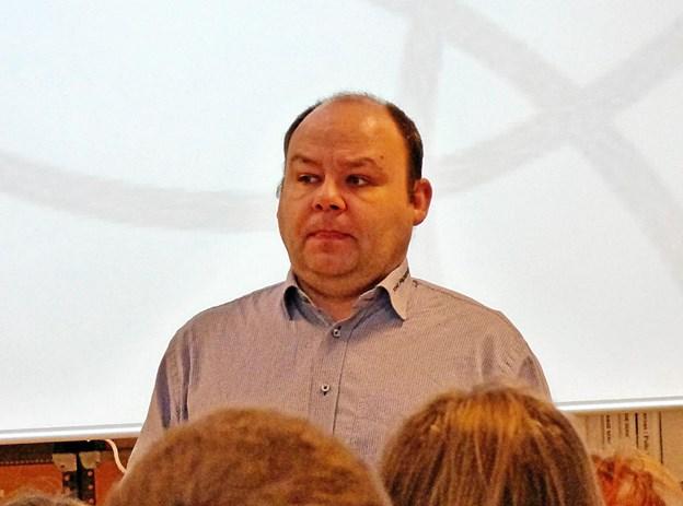- Det vil være en katastrofe for Skelund, hvis skolen lukker, sagde ejendomsmægler Tom Pedersen. Foto: Ejlif Rasmussen Ejlif Rasmussen