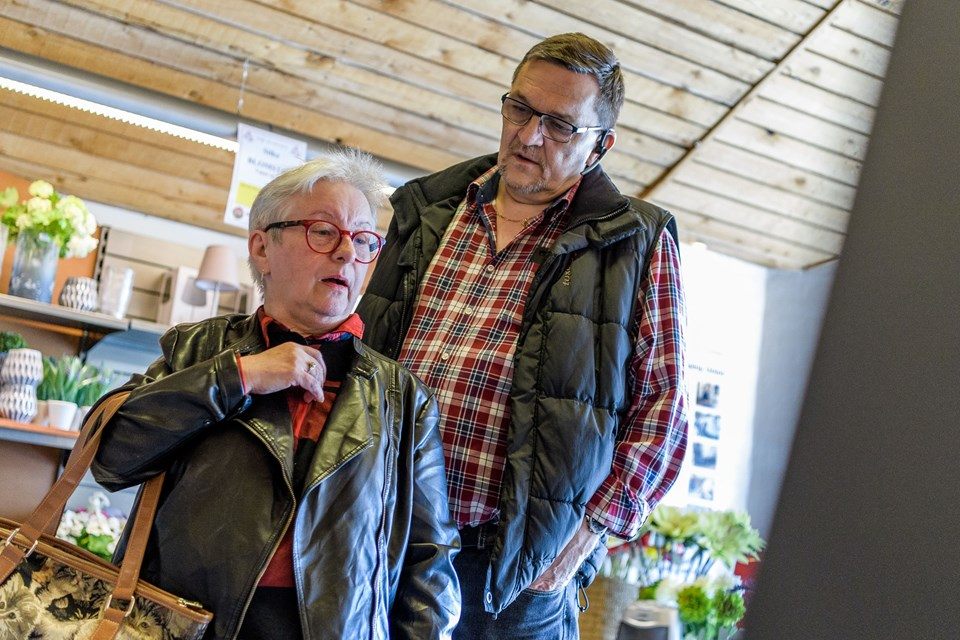 Tove Kristensen og Jørn Erik Pedersen har handlet i butikken i mange år.