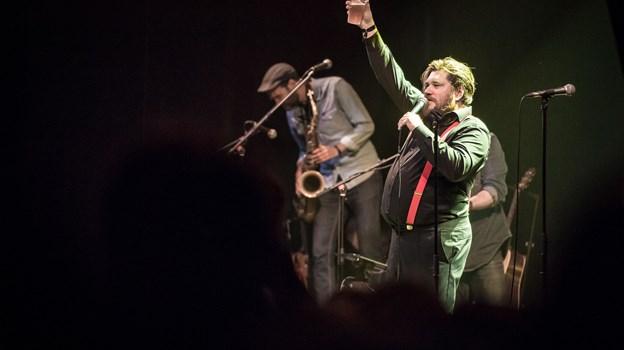Rasmus Bjerg optrådte med sit John Mogensen Show til dette års Nibe Festival. Arkivfoto: Martin Damgård