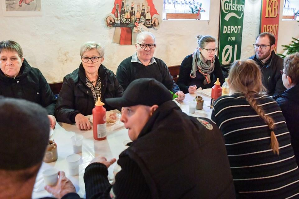 Mange var kommet for at nyde et julemåltid i fællesskab med andre. Foto: Claus Søndberg Claus Søndberg