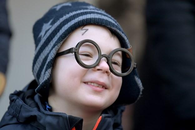 Harry Potter skulle vise sit værd med boltræ og ikke tryllestav som normalt.Foto. Henrik Louis HENRIK LOUIS