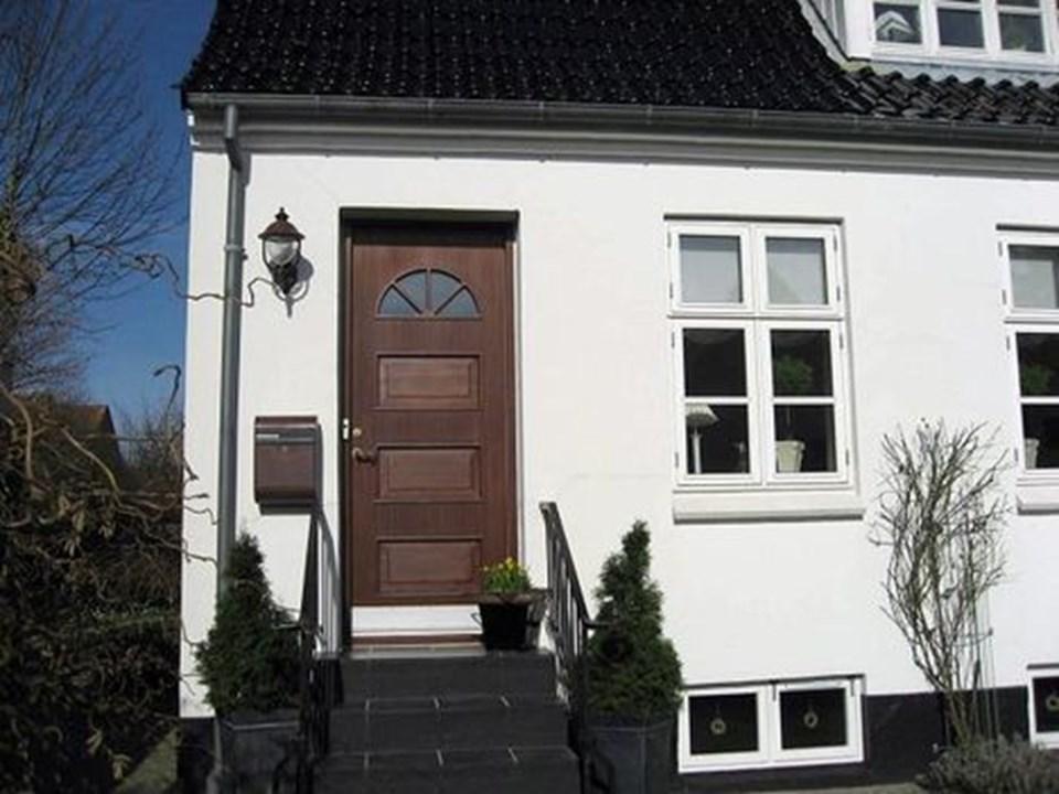Massivt Revner over døren | Nordjyske.dk UE49