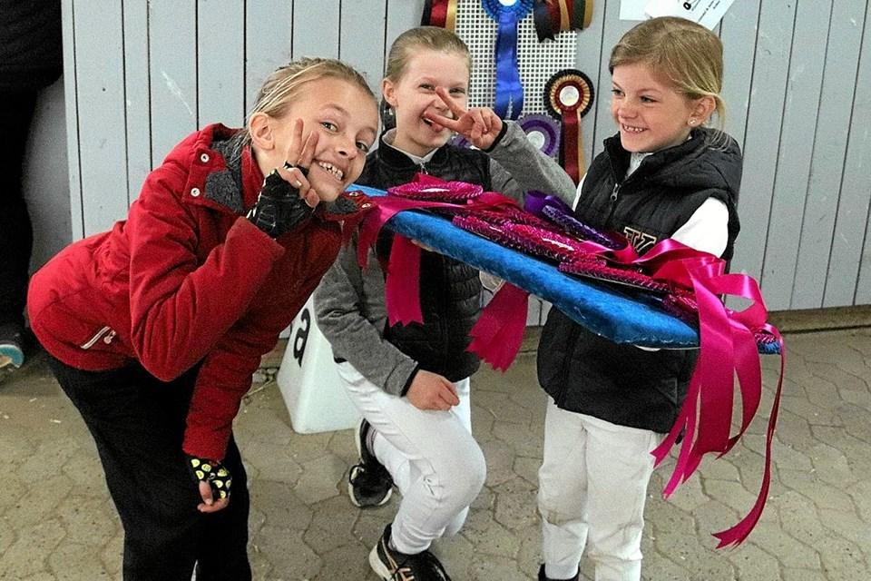 Tre glade og stolte piger. Foto: Privat