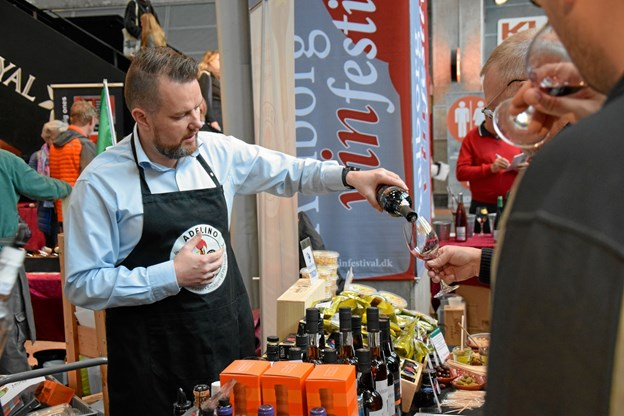Aalborg Vinfestival frygter ikke konkurrencen fra den nye vinfestival. Aalborg er en stor by, konstaterer arrangørerne.Arkivfoto