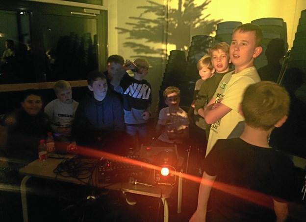 Det var også sjovt at være bag musikken til elevrådets skolefest. Foto: Kirsten Ranum