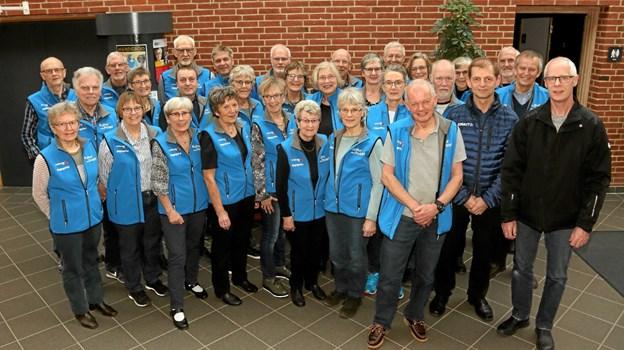De nye veste blev præsenteret og fik premiere ved foreningens seneste koncert med Caroline Henderson. Foto: Jens Broberg