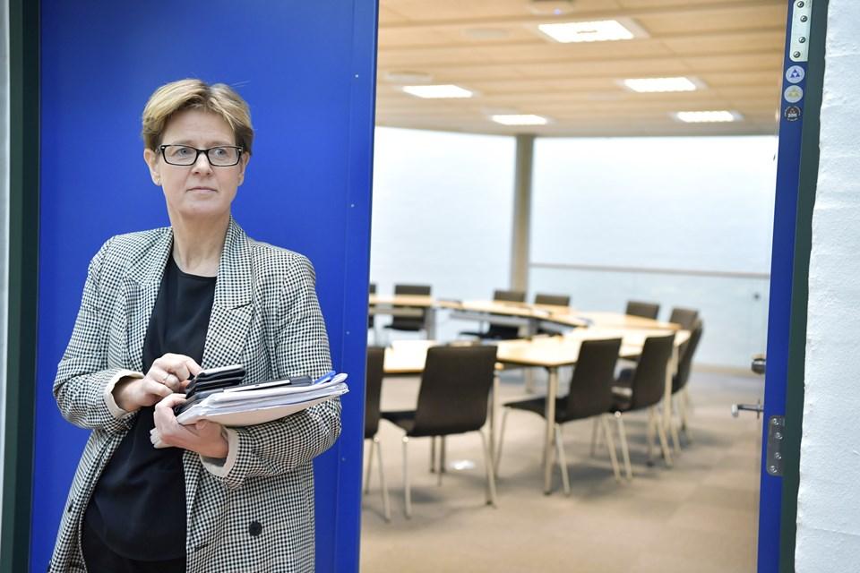 Jeg er meget rystet over at finde ud af, at en kollega, ud fra den viden vi har, har svindlet med skatteydernes penge, siger regionsformand Ulla Astman